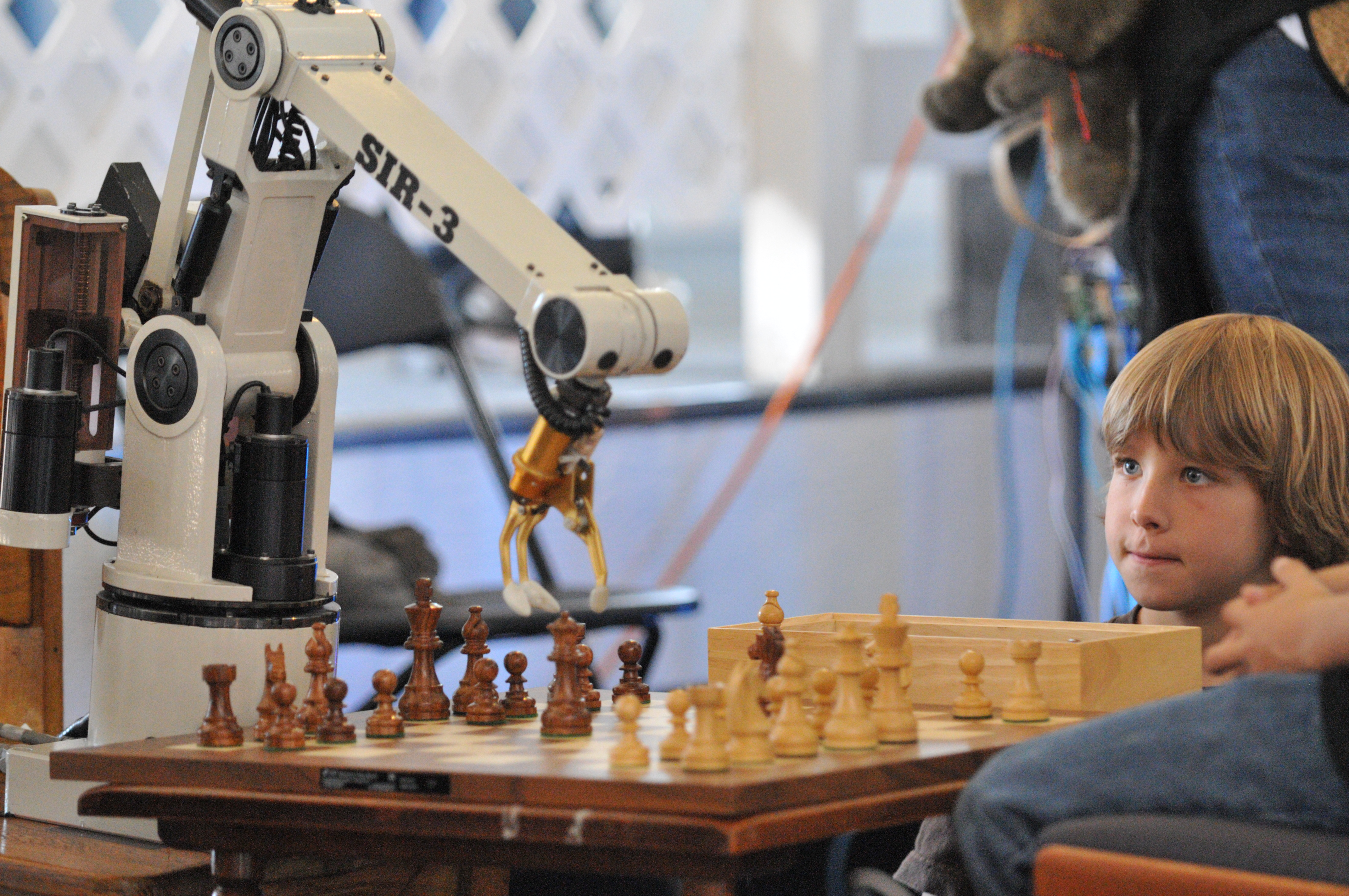 Chess Robot - Bing images